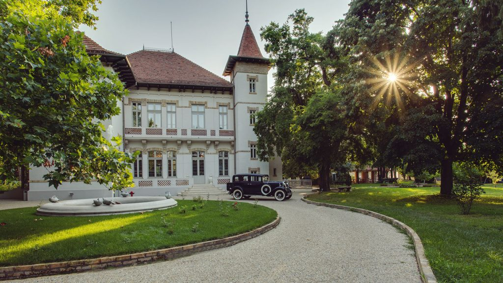 castles to rent in Romania
