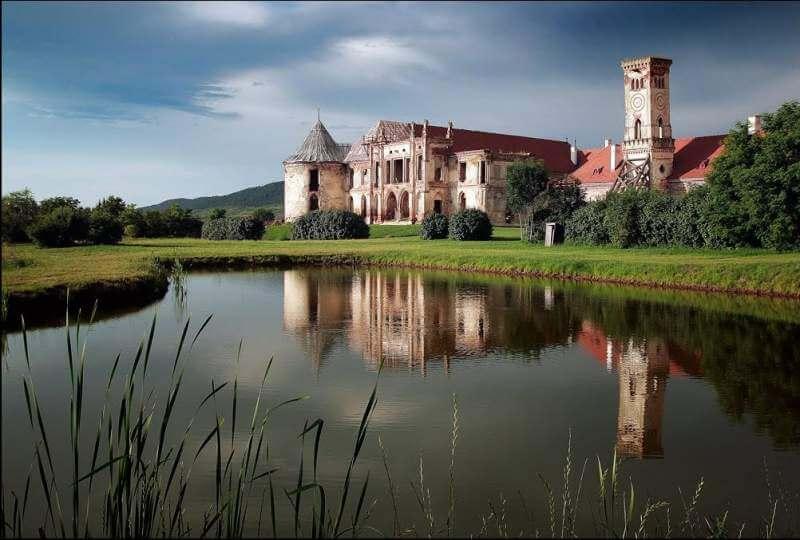 haunted castles Romania to rent