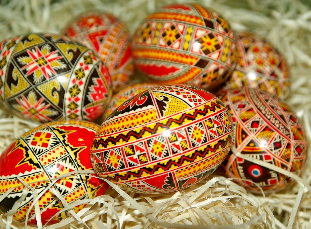 romania-easter-eggs