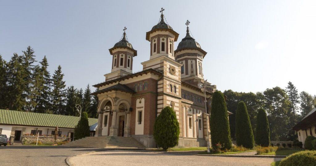 Sinaia, top tourist attractions Romania